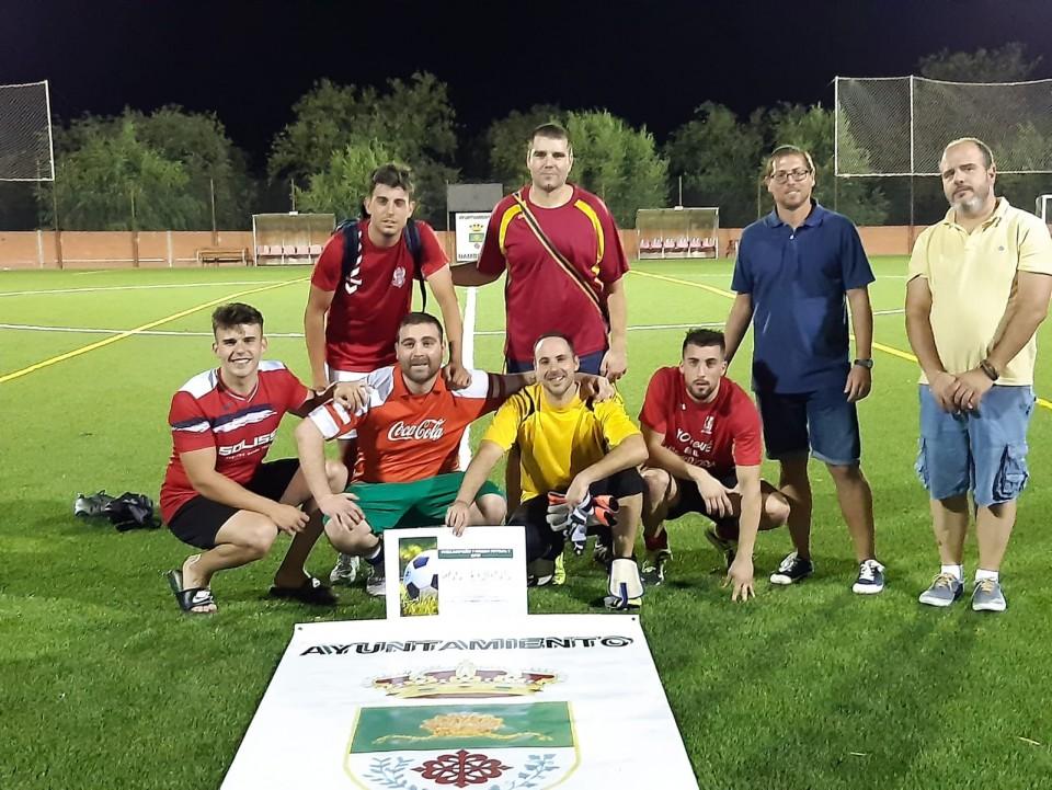 Tragabaldabas se impone a AB en la final del Torneo de Fútbol 7 de Nambroca